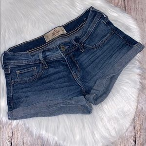 Hollister short-short low rise denim shorts size 3